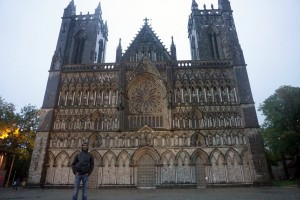 Lyle in front of Nidaros Cathedral in Trondheim